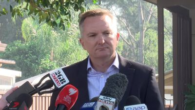 Bowen addresses comments telling people not to vote Labor for Labor's policies