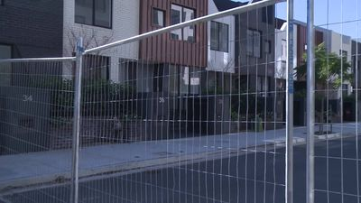 RAW: Sydney apartment block abandoned over safety fears