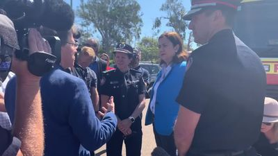 RAW: Queensland Premier visits meets with fire crews