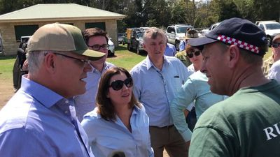RAW: PM Morrison meets firefighters in Canungra