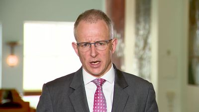 Fletcher says 5G is no threat to NBN