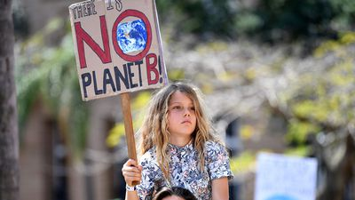 Hundreds of thousands of Aussies join climate rally