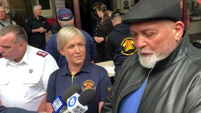 Mick Gatto joins Salvos in fight against Melbourne's homelessness crisis
