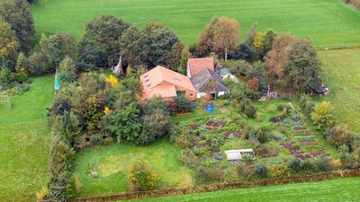Dutch family discovered in farm basement