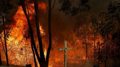 NSW, Qld brace for more bushfires