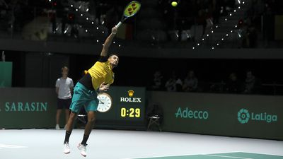 Australia cruise into Davis Cup last eight