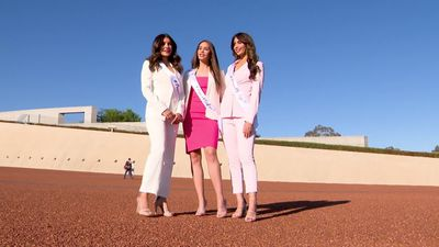 Beauty queens for world peace come to Canberra
