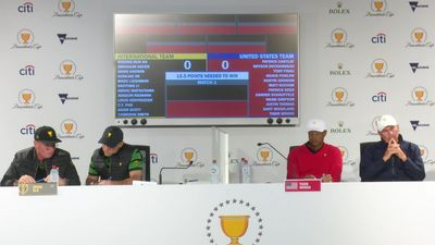 Zero hesitation... after serious deliberation - Tiger Woods and Ernie Els pick sports teams like it'