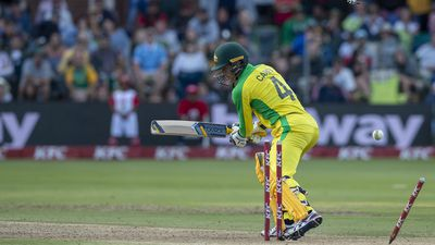 Aussies fall to Proteas in T20 thriller