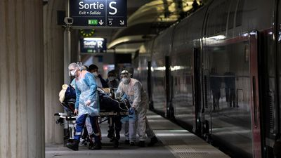 Coronavirus deaths in France pass 4000