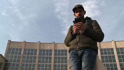 A migrant discusses the importance of his phone in his journey
