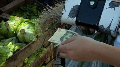 """""""People can't bear it anymore"""": inflation hits Argentines' lives"""