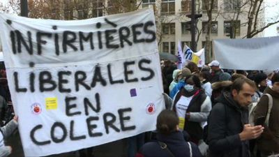 French nurses protest against government reform plans