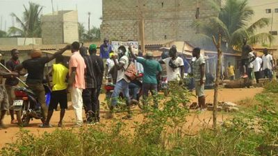 Police and opposition supporters clash in Togo