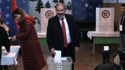 Nikol Pashinyan votes during early parliamentary elections