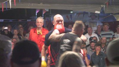 Rumble in the Outback: Aussie boxing troupe keeps on swinging