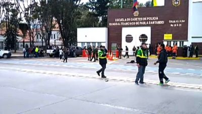 Police and rescue services at scene of car bomb in Bogota