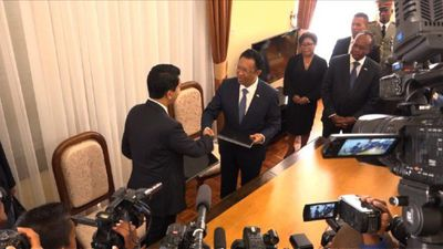 Outgoing Madagascar president hands over power to Rajoelina