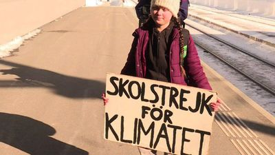 Swedish teen climate activist arrives at Davos