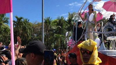 Sweet home Manila: Miss Universe enjoys homecoming parade