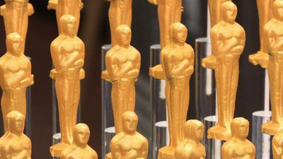Chef Wolfgang Puck unveils his 25th Oscars menu