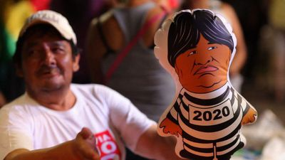 Bolivian protesters march against Morales reelection bid