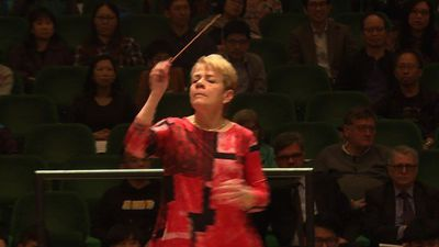 Female conductor Marin Alsop wields baton for equality