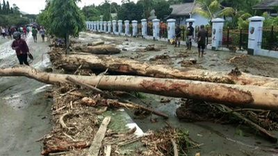 Indonesia flood death toll jumps to 77