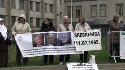 Protesters gather outside court for Karadzic's final hearing