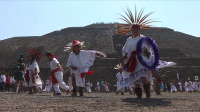Mexicans celebrate spring equinox at Teotihuacan