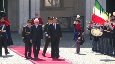 Xi Jinping arrives at Quirinal Palace in Rome