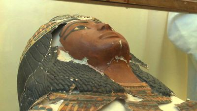 Discovery of a new Pharoah tomb in southern Egypt