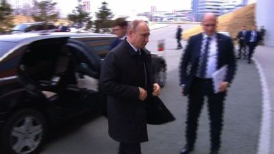 Putin arrives in Vladivostok for first summit with Kim