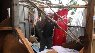 Comoros hit by cyclone Kenneth