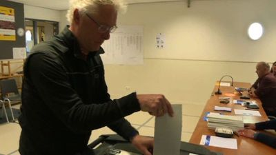 Polls open in Netherlands, kicking off EU elections