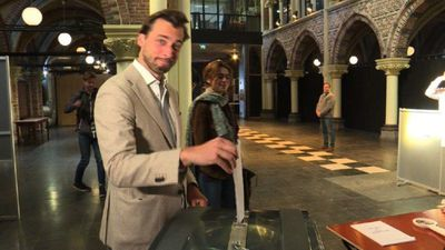 Dutch populist Thierry Baudet casts his vote in EU elections