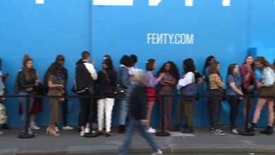Rihanna fans queue to see singer's new Fenty collection