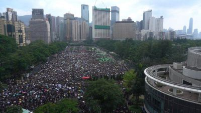Huge rally starts in Hong Kong