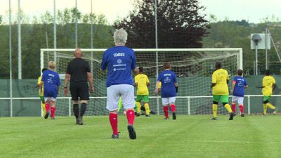 Football grannies go head to head in France
