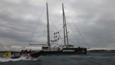 Greenpeace launches anti-nuclear protest at delayed future plant