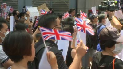 Hong Kong: pro-democracy protesters gather outside British consulate