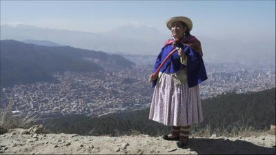 Bolivia's Cholas are now integrated into society