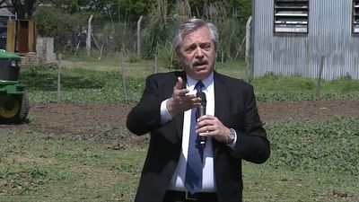 Argentina's Alberto Fernandez holds campaign rally