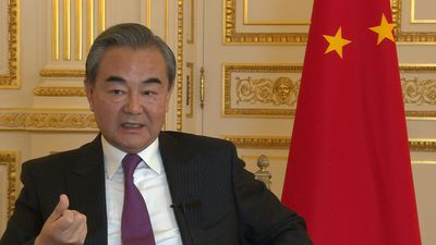 China foreign minister slams violence in Hong Kong