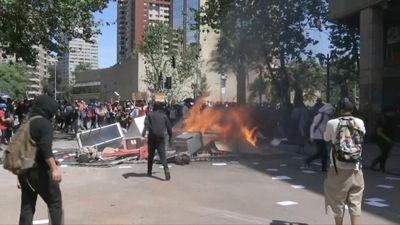 Protests continue in Chile's capital