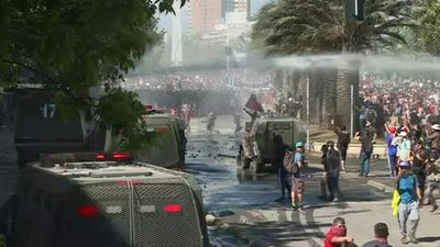 Clashes erupt in Chile's capital for the fifth day in a row