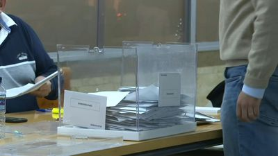 Spain polls close as ballot counting begins