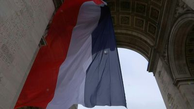 French President presides over Armistice Day memorial in Paris
