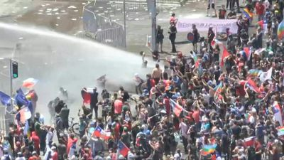Protests in Chile's capital continue