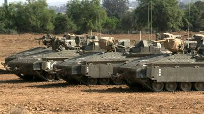 Israeli tanks on Israel-Gaza border after ceasefire takes effect